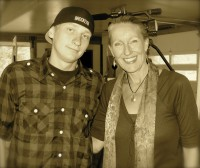 Sharlene Holt with activist Luke Rudkowski in Colorado