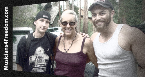 Sharlene with activists Luke Rudkowski (L) and Adam Kokesh at Wayne Walton's Mountain Hours Conference (2012) in Breckinridge, Colorado featuring Gary Franchi, Richard Mack, David Justice, et al.
