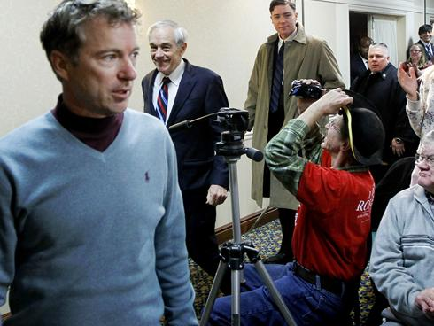 Rand Paul (L) with his father and presidential hopeful Ron Paul