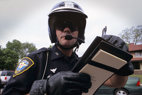 What are your options for handling a traffic ticket warrant?